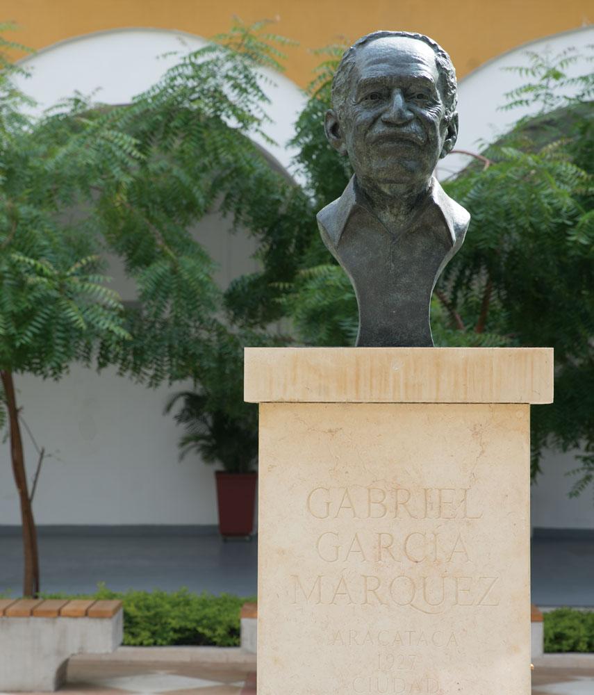 Busto de Gabriel García Márquez