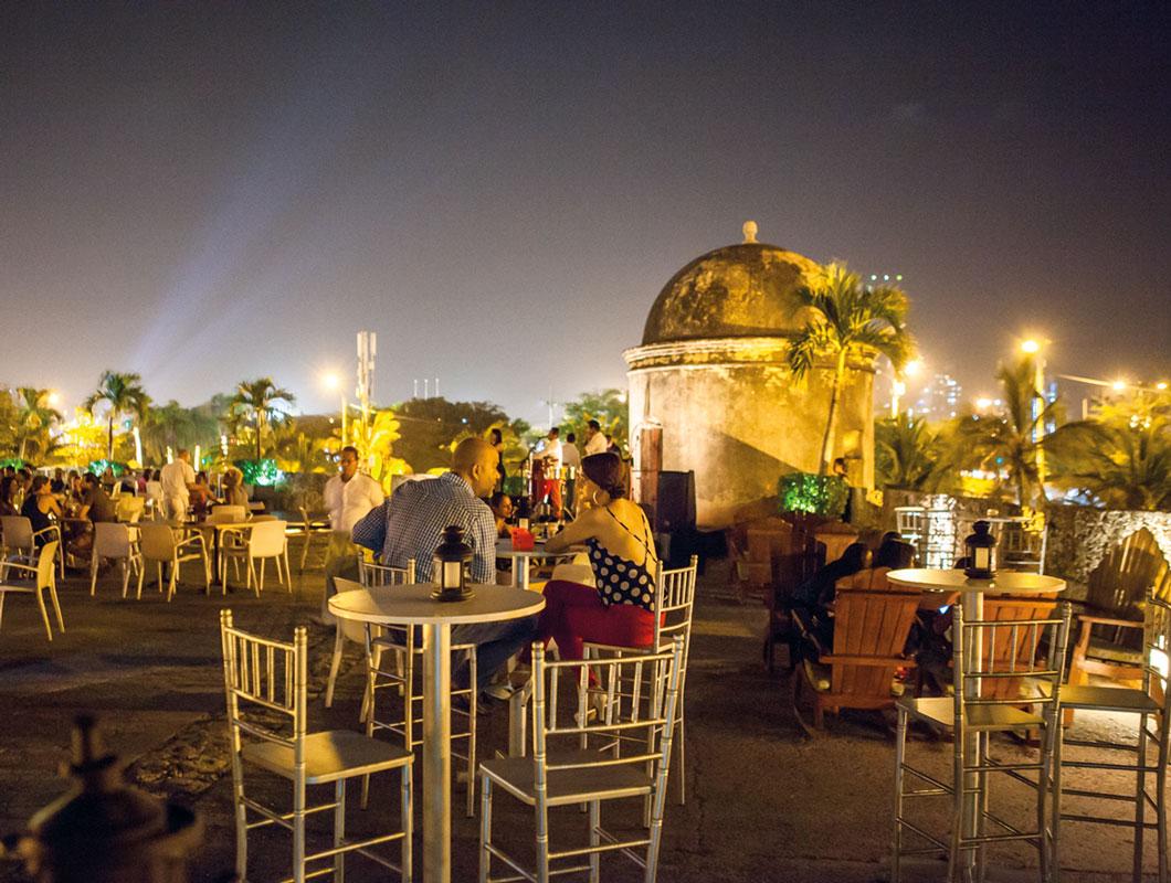 Los 10 mejores lugares para tomarse un trago al aire libre en ...