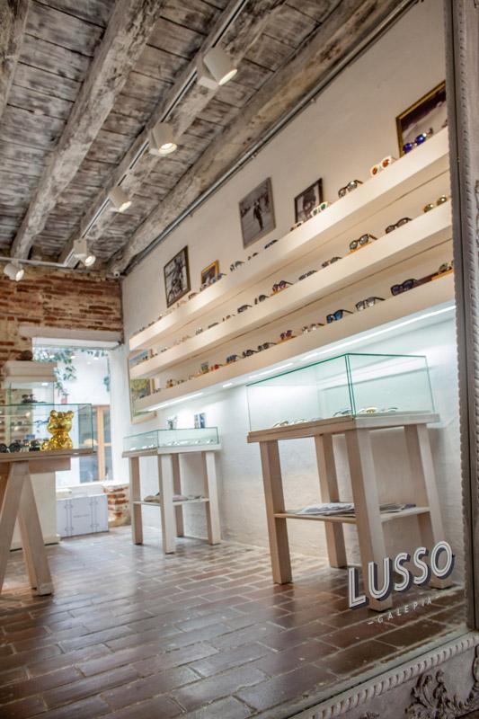 LUSSO-GALERIA