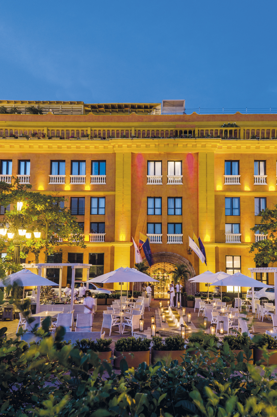 <center align>Hotel Charleston Santa Teresa </center align>